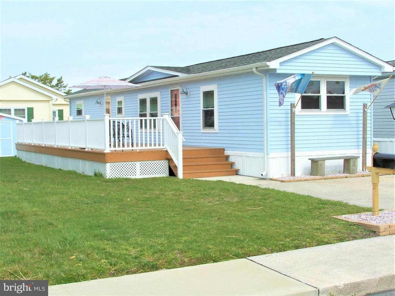 158 Clam Shell Road - Photo 1