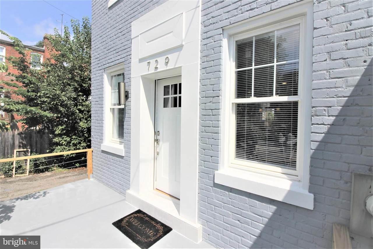 729 Roxboro Place - Photo 1