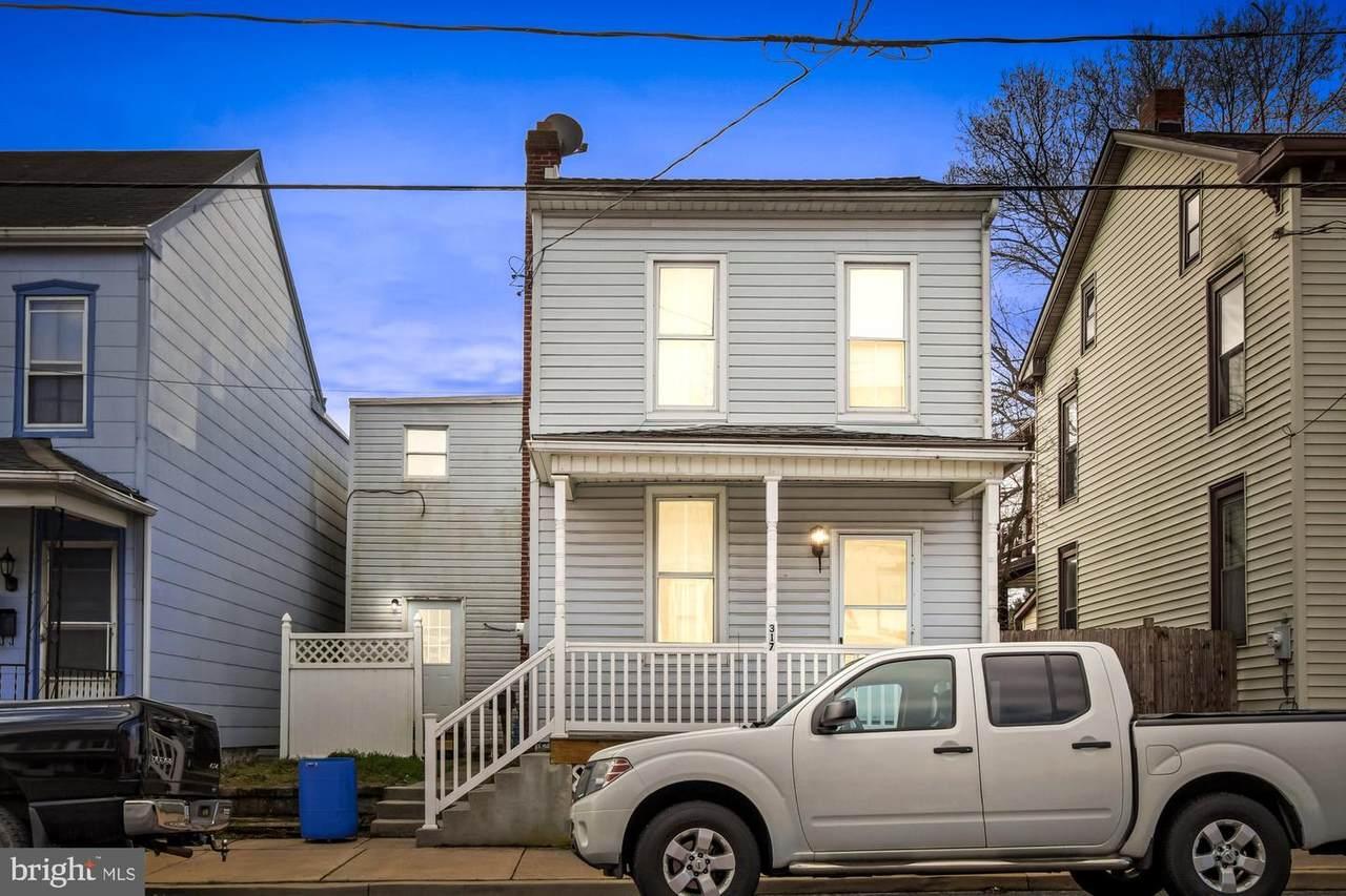 317 Walnut Street - Photo 1