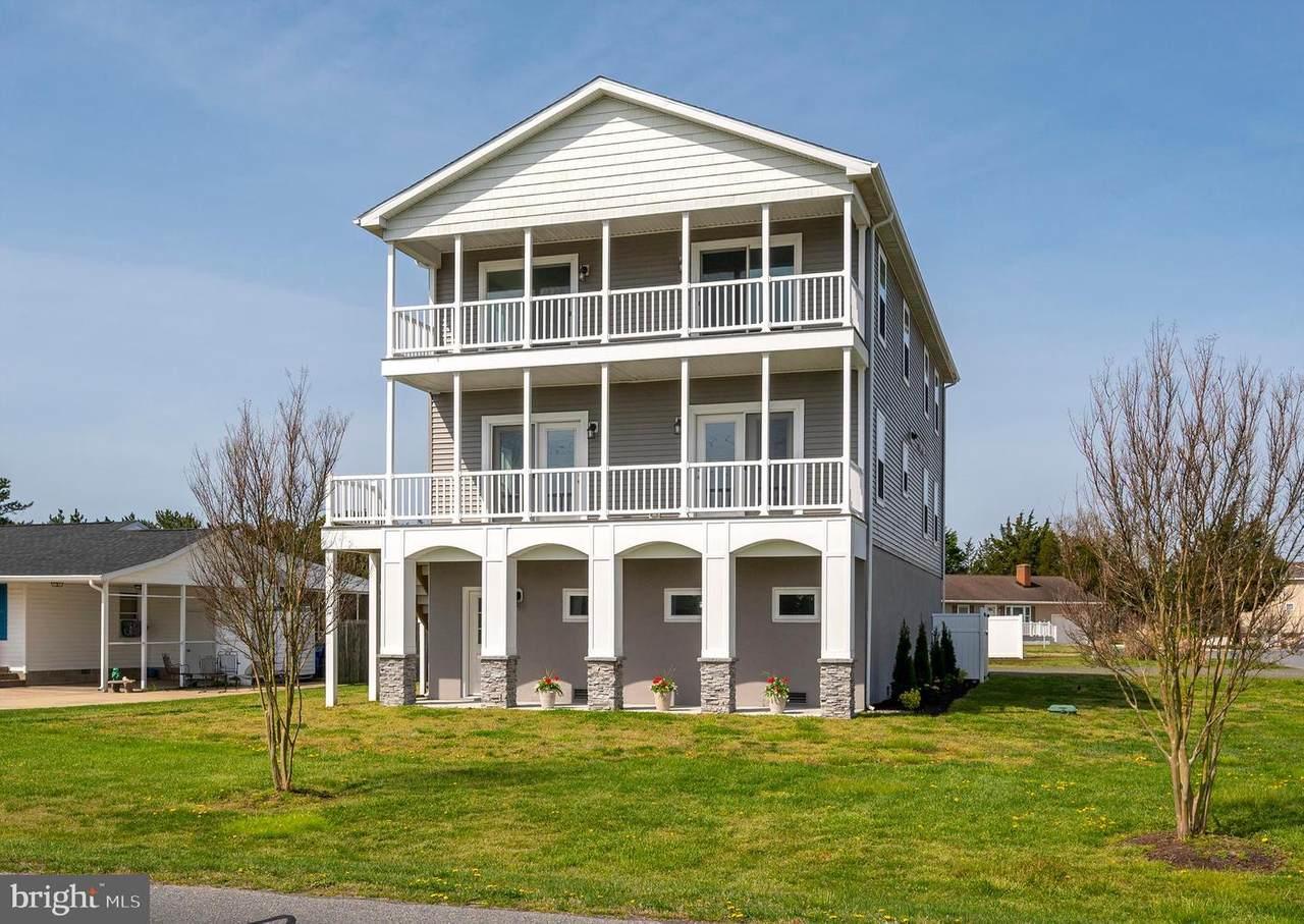38061 Beach Tree Court - Photo 1