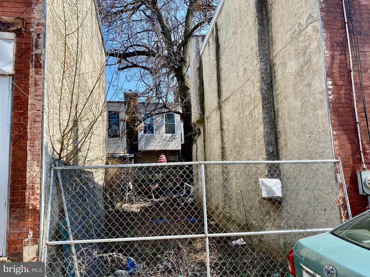 1819 Waterloo Street - Photo 1