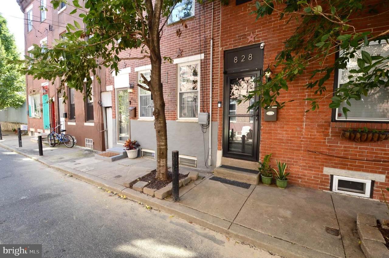 826 League Street - Photo 1
