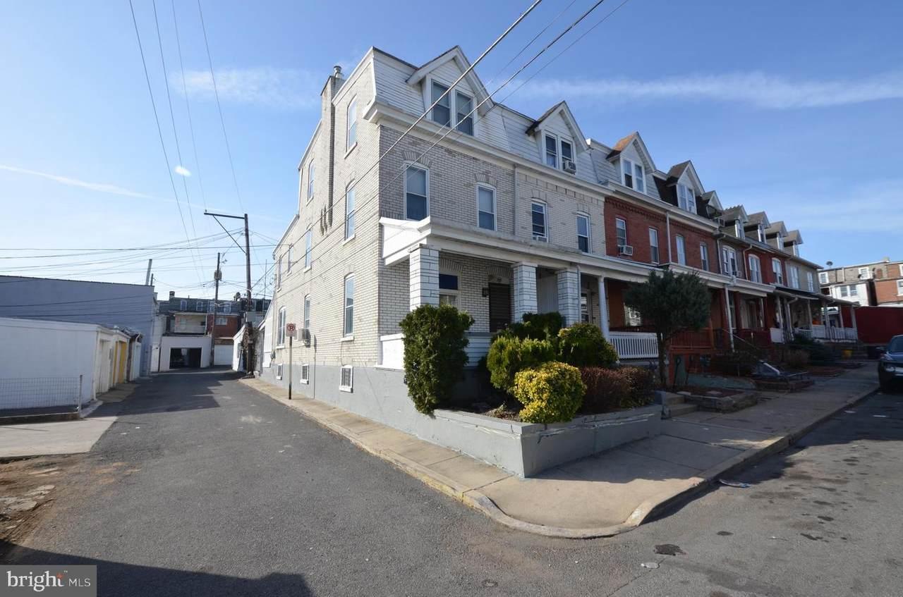 414 Cedar Street - Photo 1