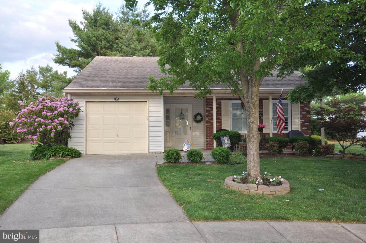 125 Carriage Hill Court - Photo 1