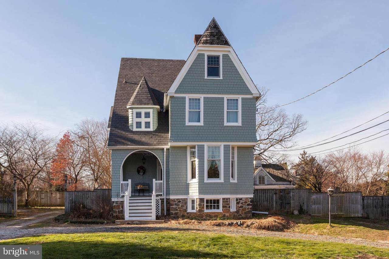 114 Forest Avenue - Photo 1