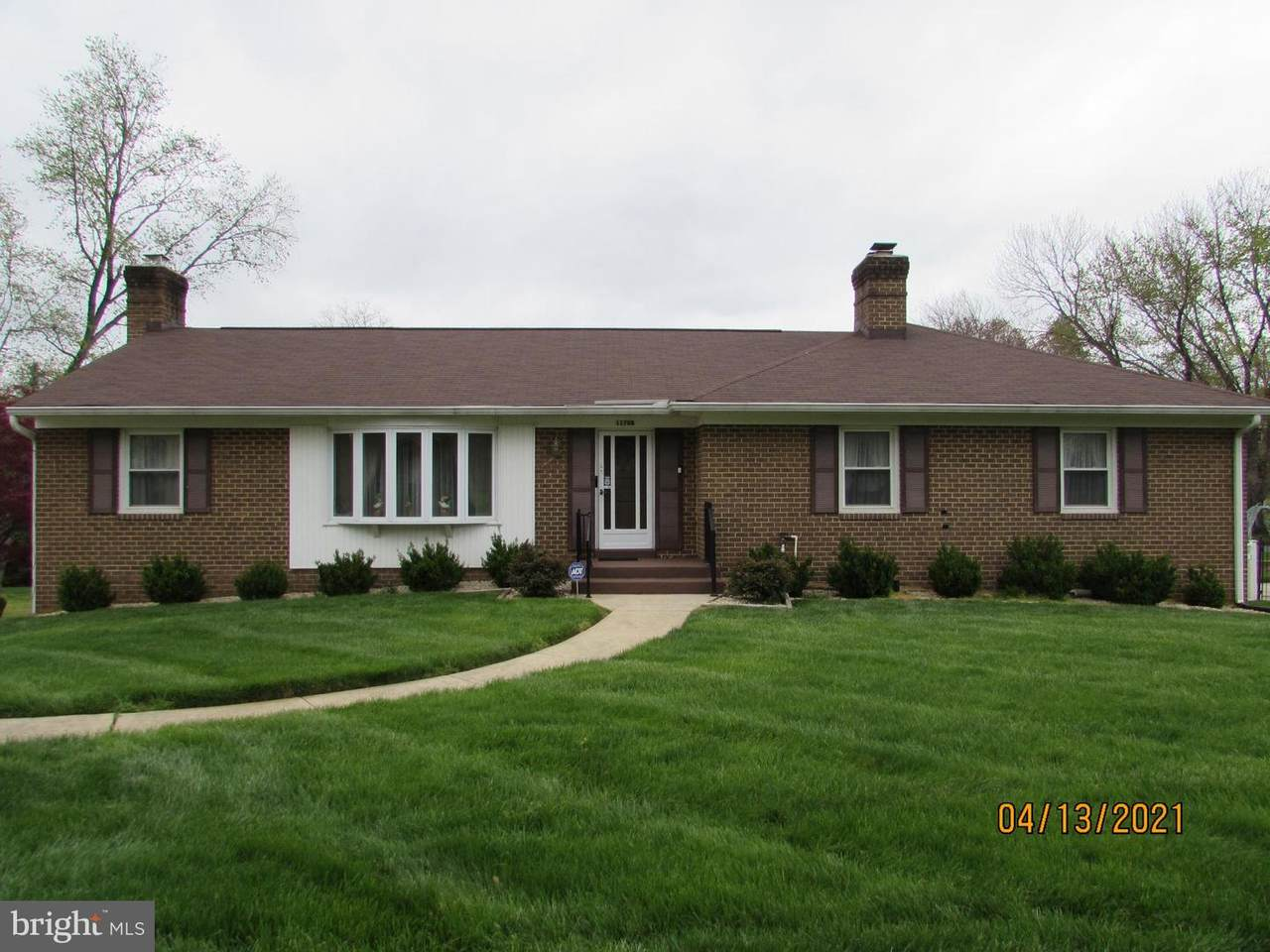 11708 Chantilly Lane - Photo 1