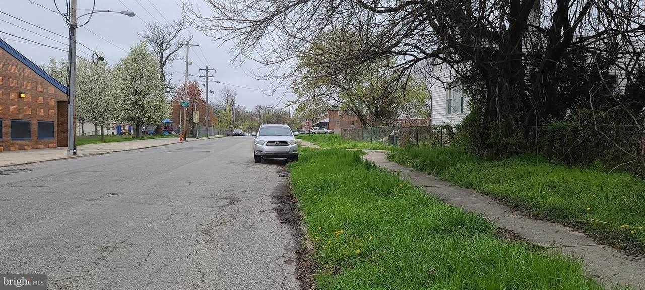 7627 Este Avenue - Photo 1