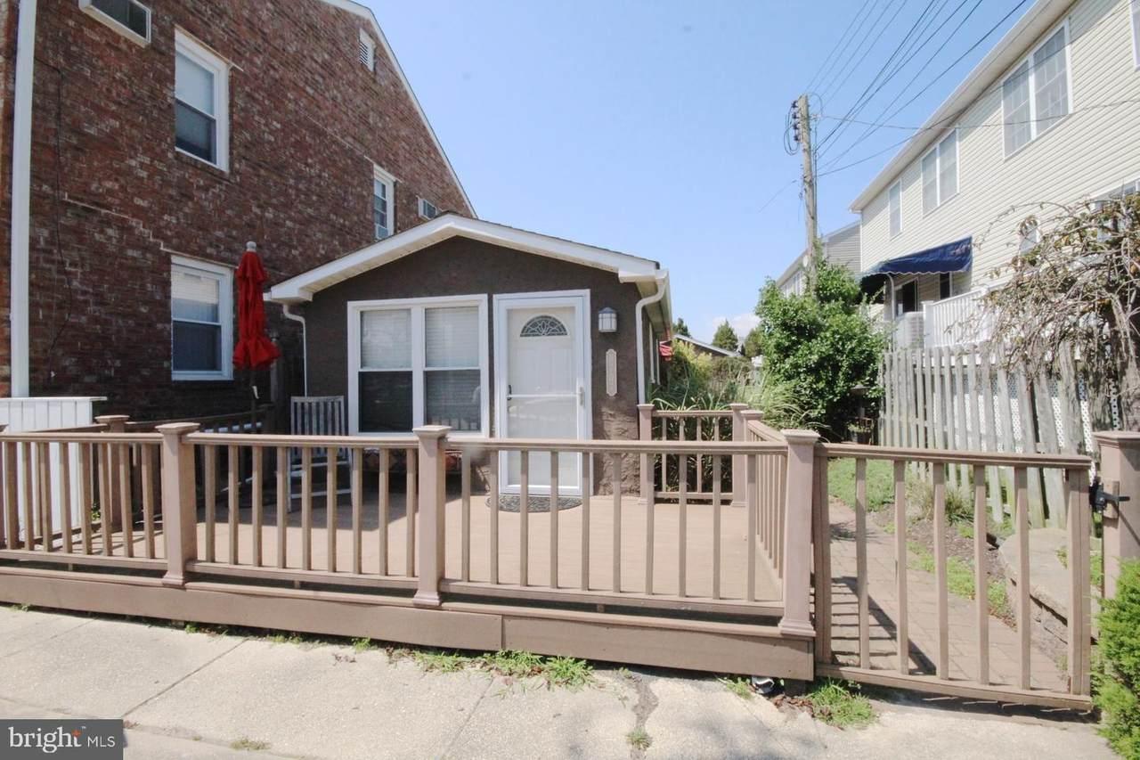9707 Monmouth Avenue - Photo 1