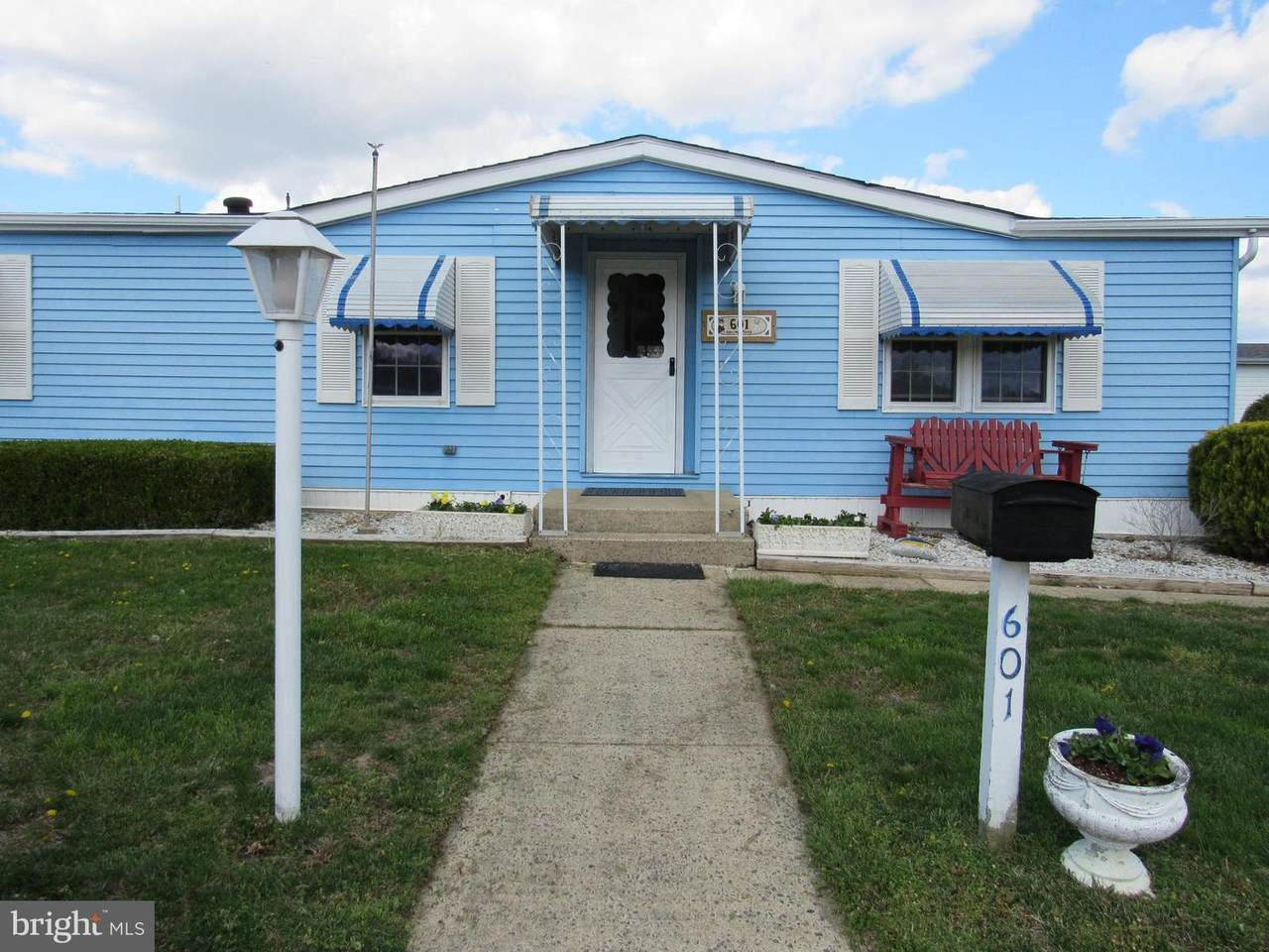 601 Jerome Place - Photo 1