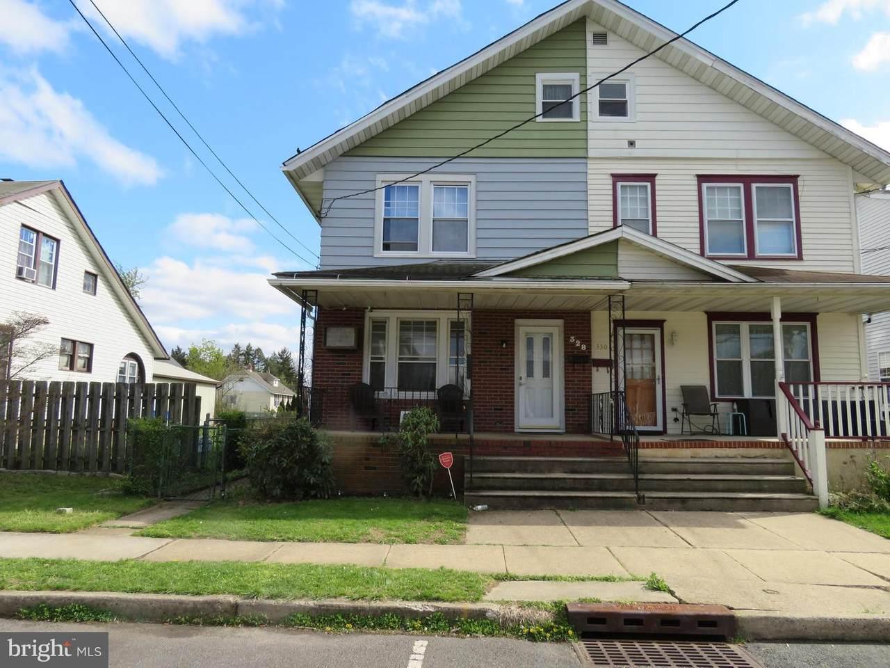 328 Elm Avenue - Photo 1
