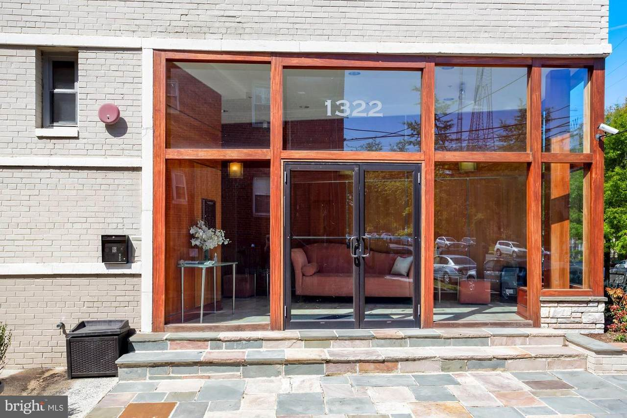1322 Missouri Avenue - Photo 1