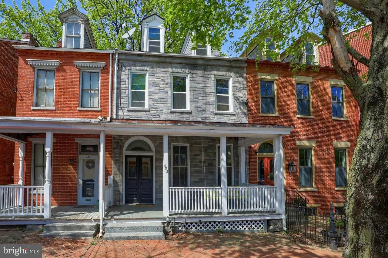 433 Walnut Street - Photo 1