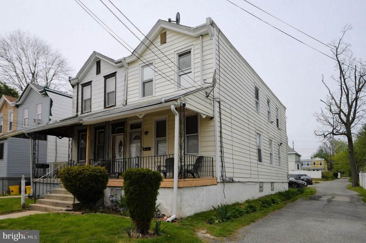 1044 Jackson Avenue - Photo 1