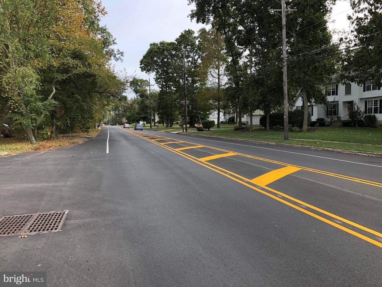 1 Hartford Road - Photo 1