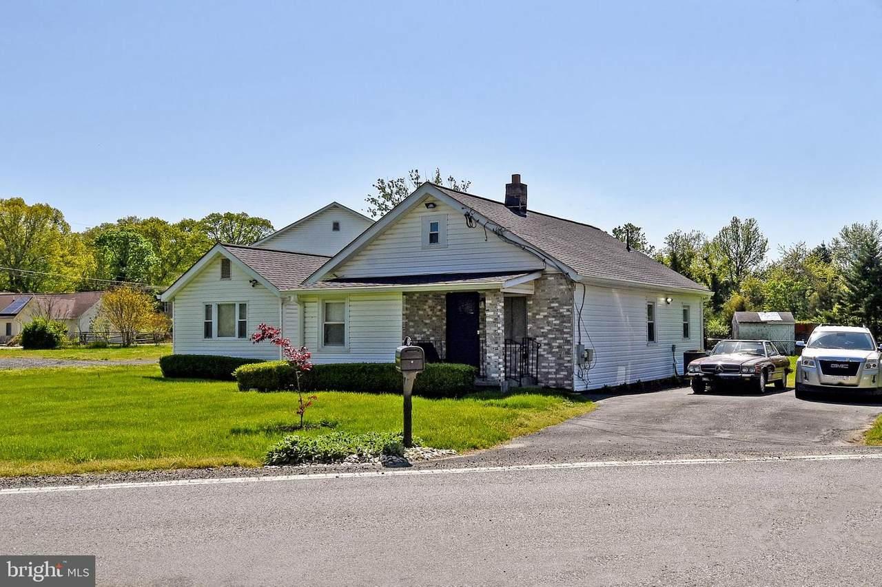 9139 Darcy Road - Photo 1
