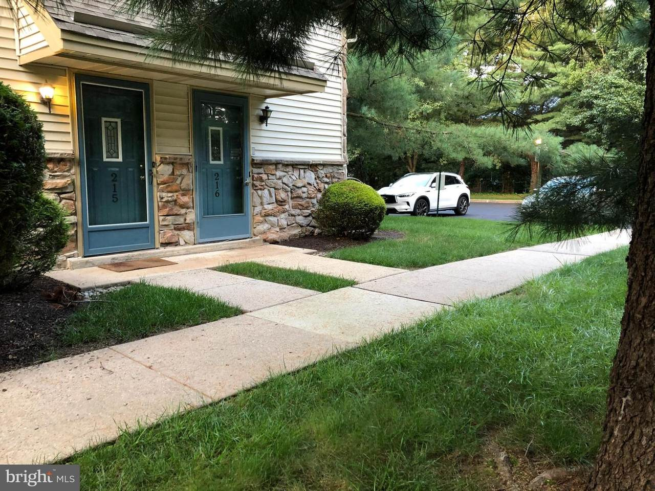 215 Foxmeadow Drive - Photo 1