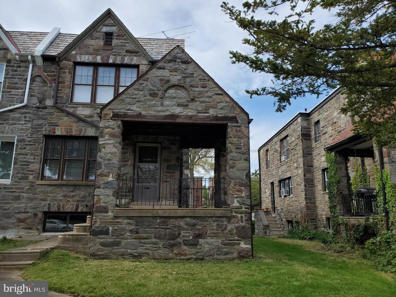 833 Guenther Avenue - Photo 1