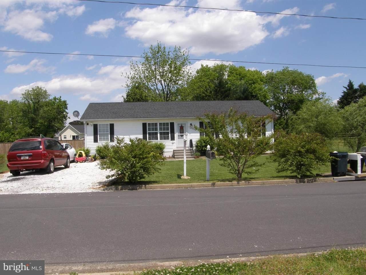 209 New Street - Photo 1