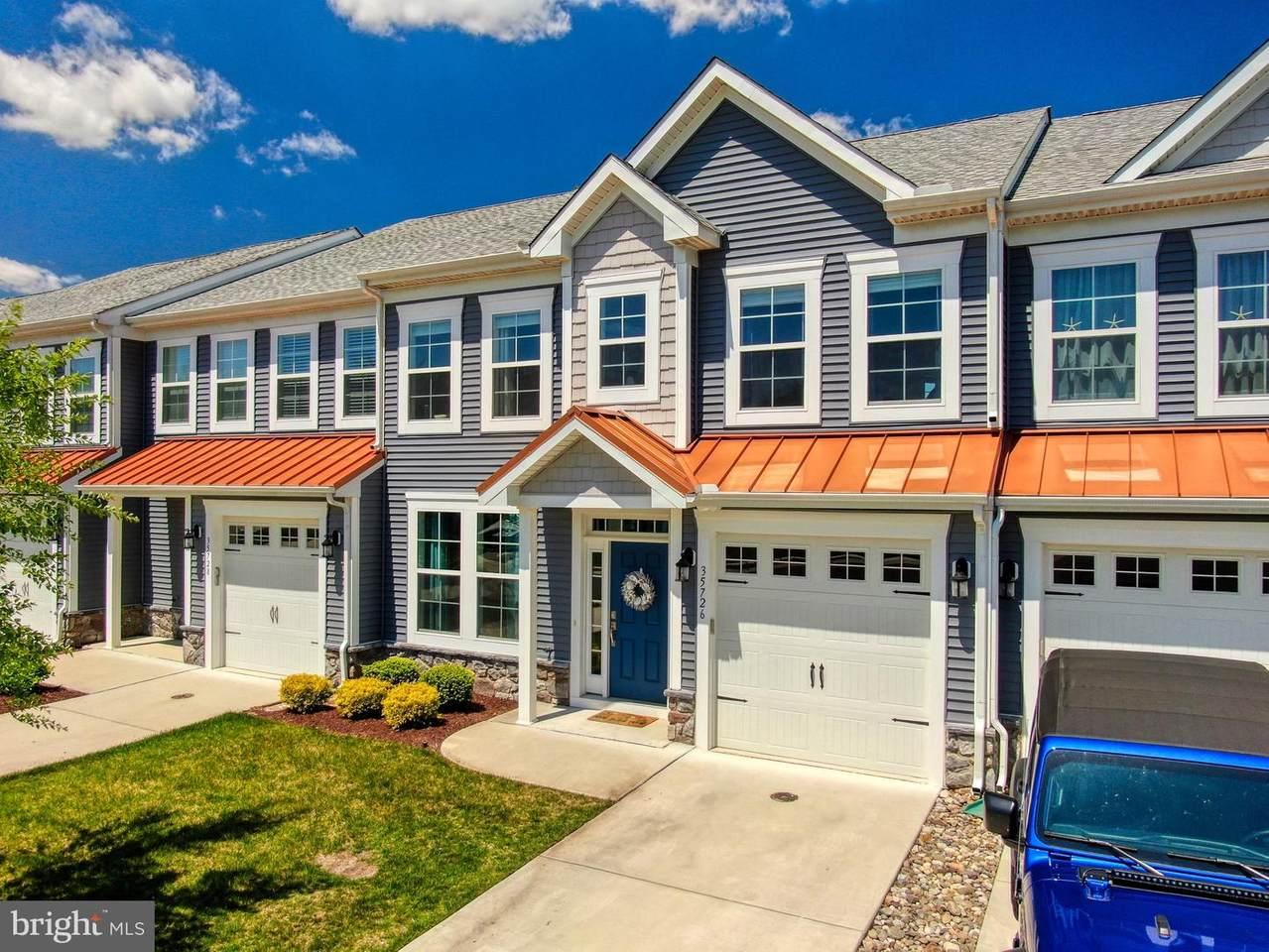35726 Carmel Terrace - Photo 1