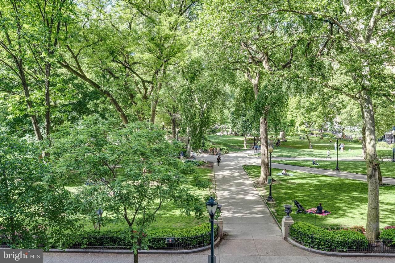 1810 Rittenhouse Square - Photo 1