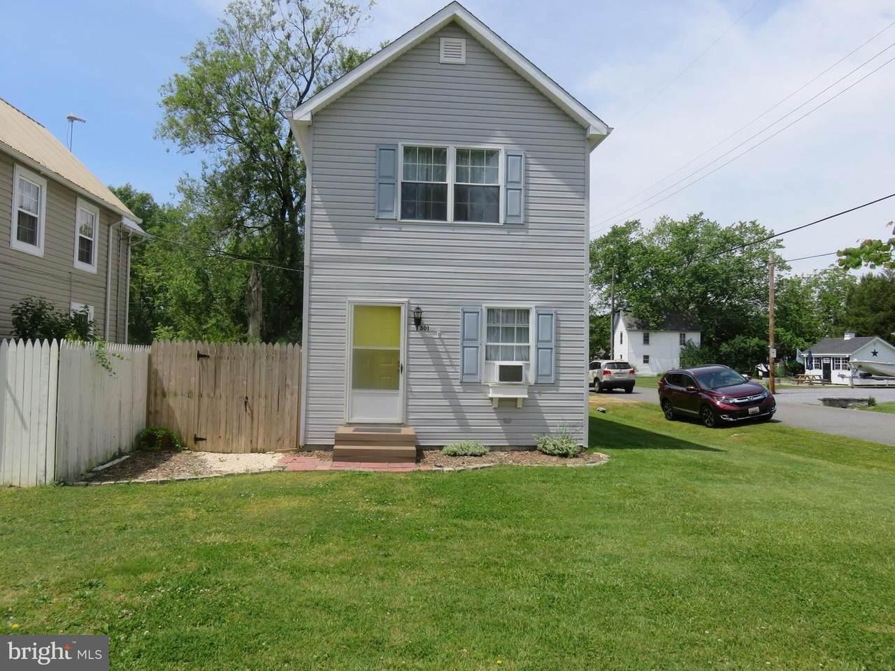 301 Caroline Avenue - Photo 1