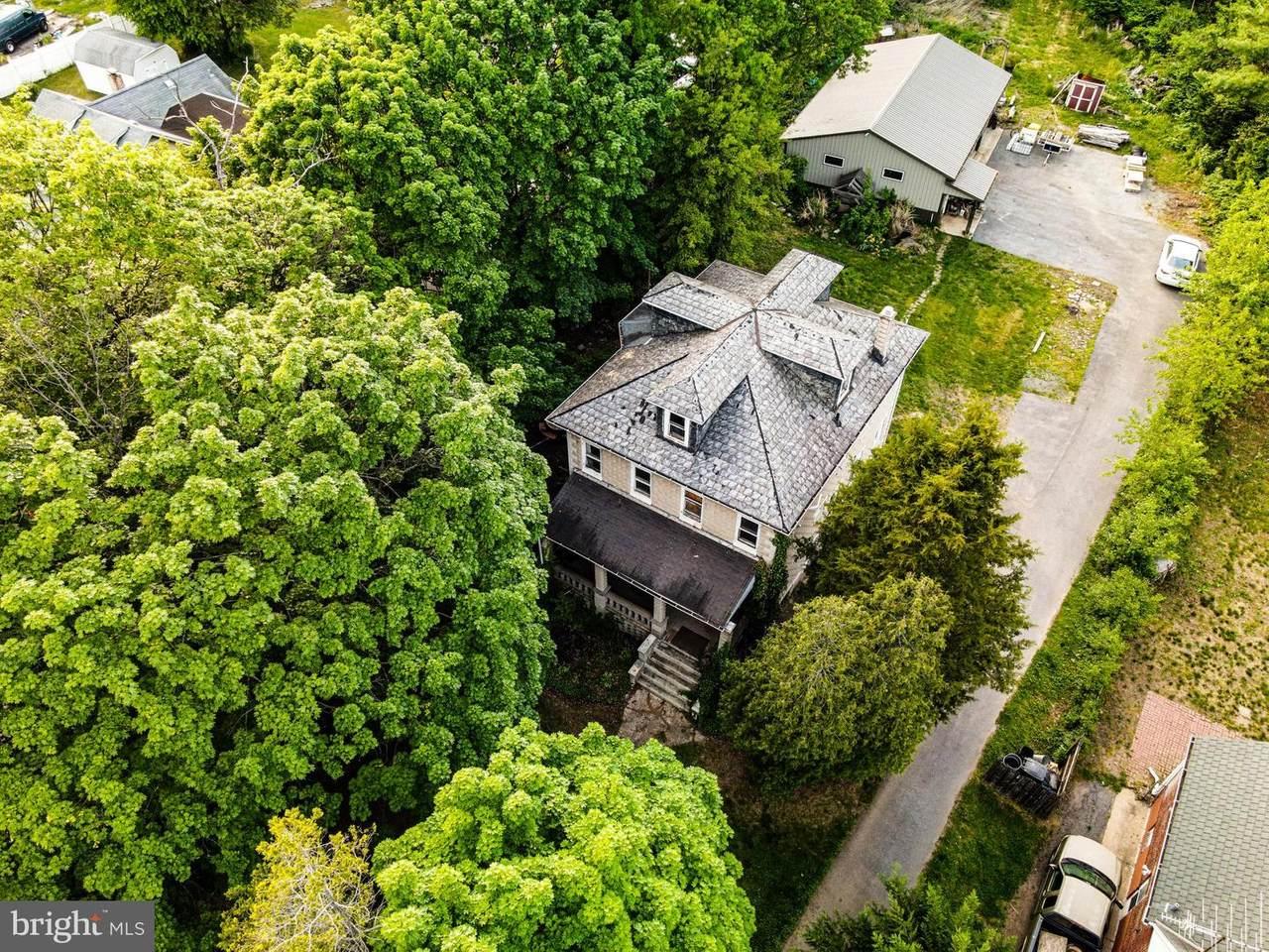 4516 Kenwood Avenue - Photo 1