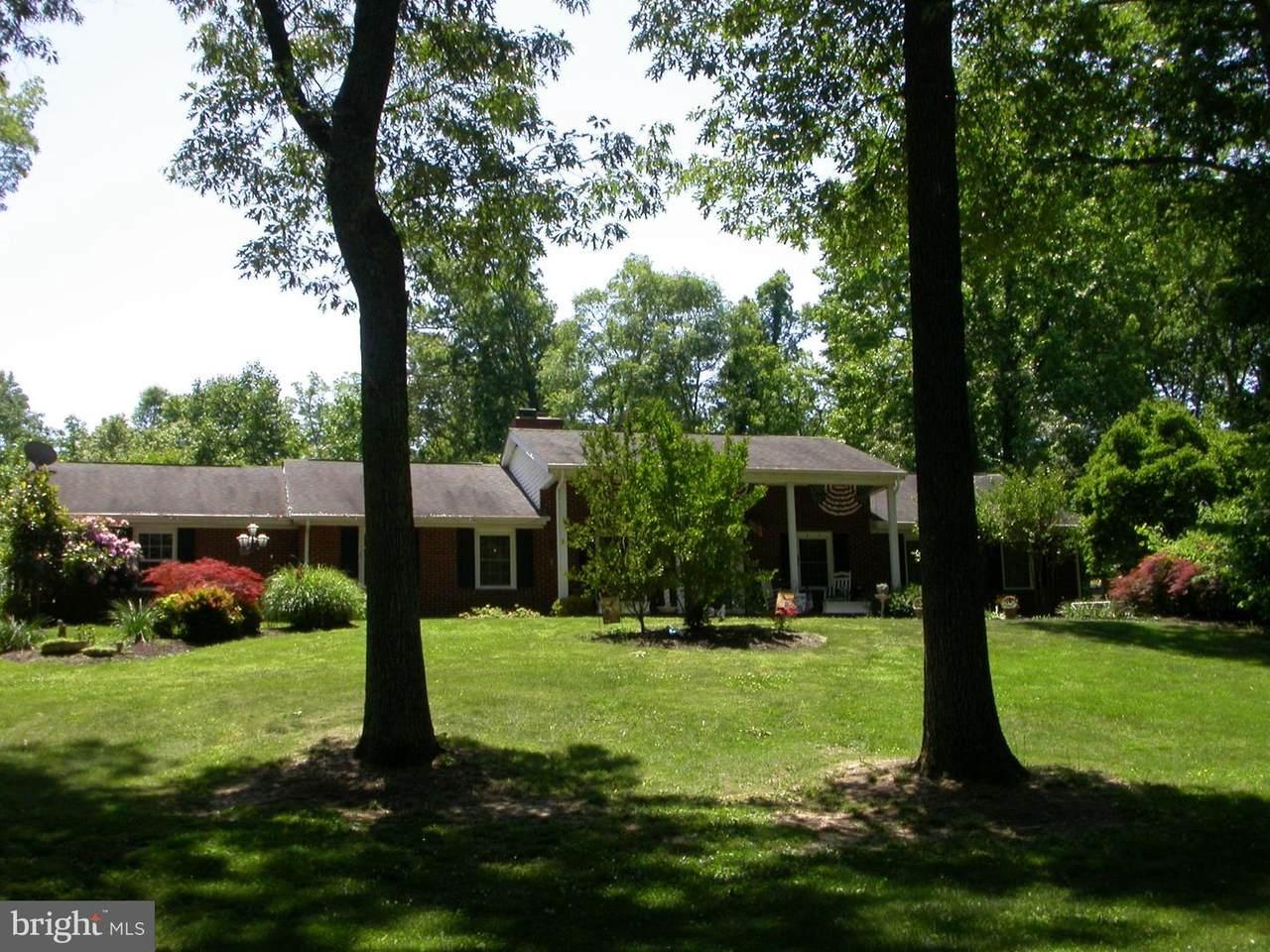 45417 Woodlawn Drive - Photo 1