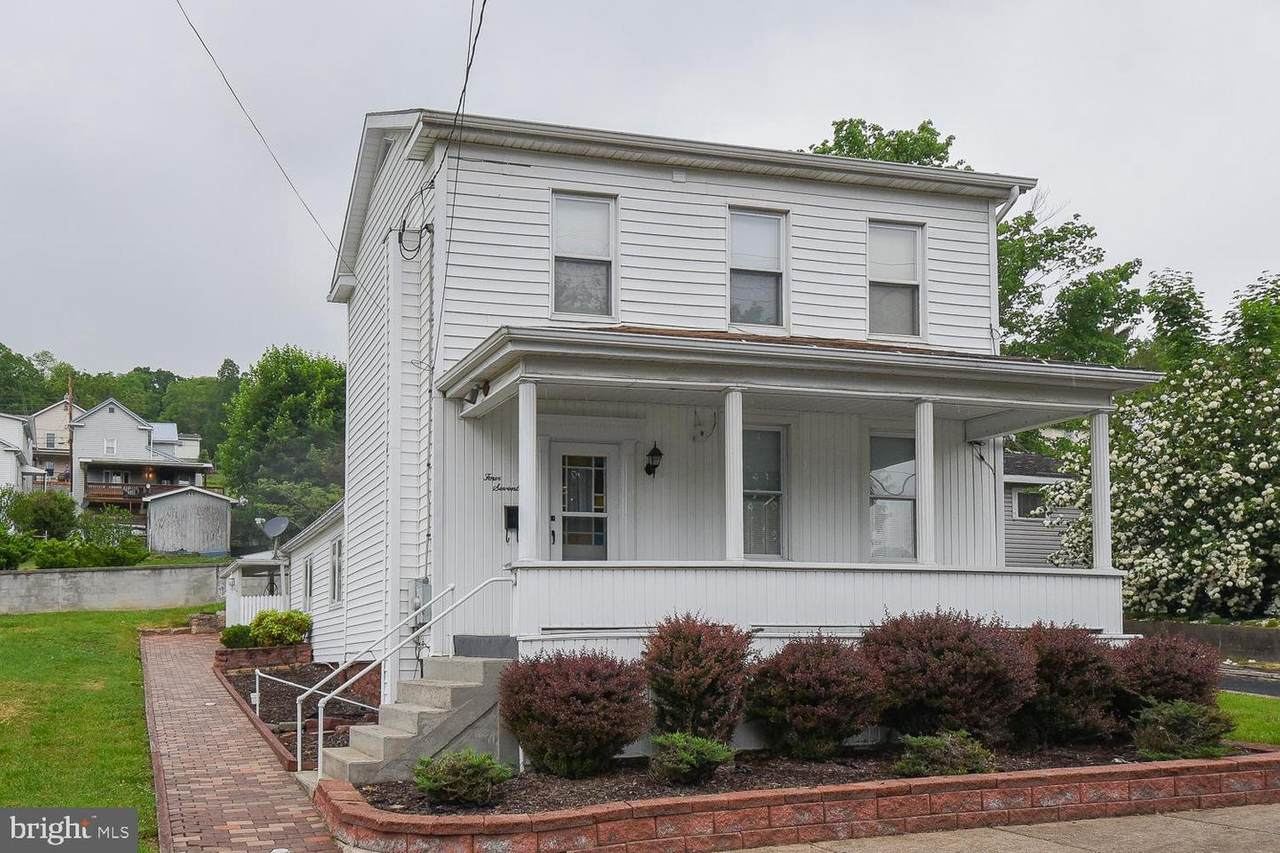 417 Walnut Street - Photo 1