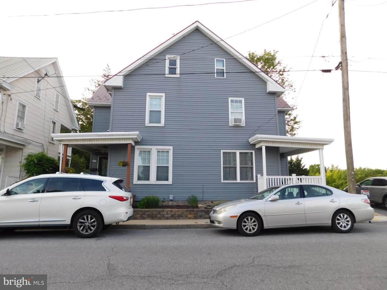 217-219 Walnut Street - Photo 1