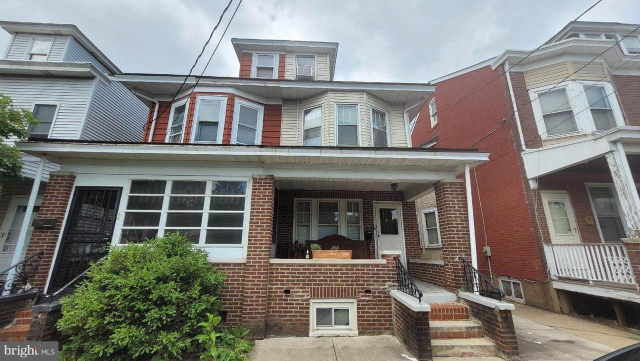 813 Lyndale Avenue - Photo 1