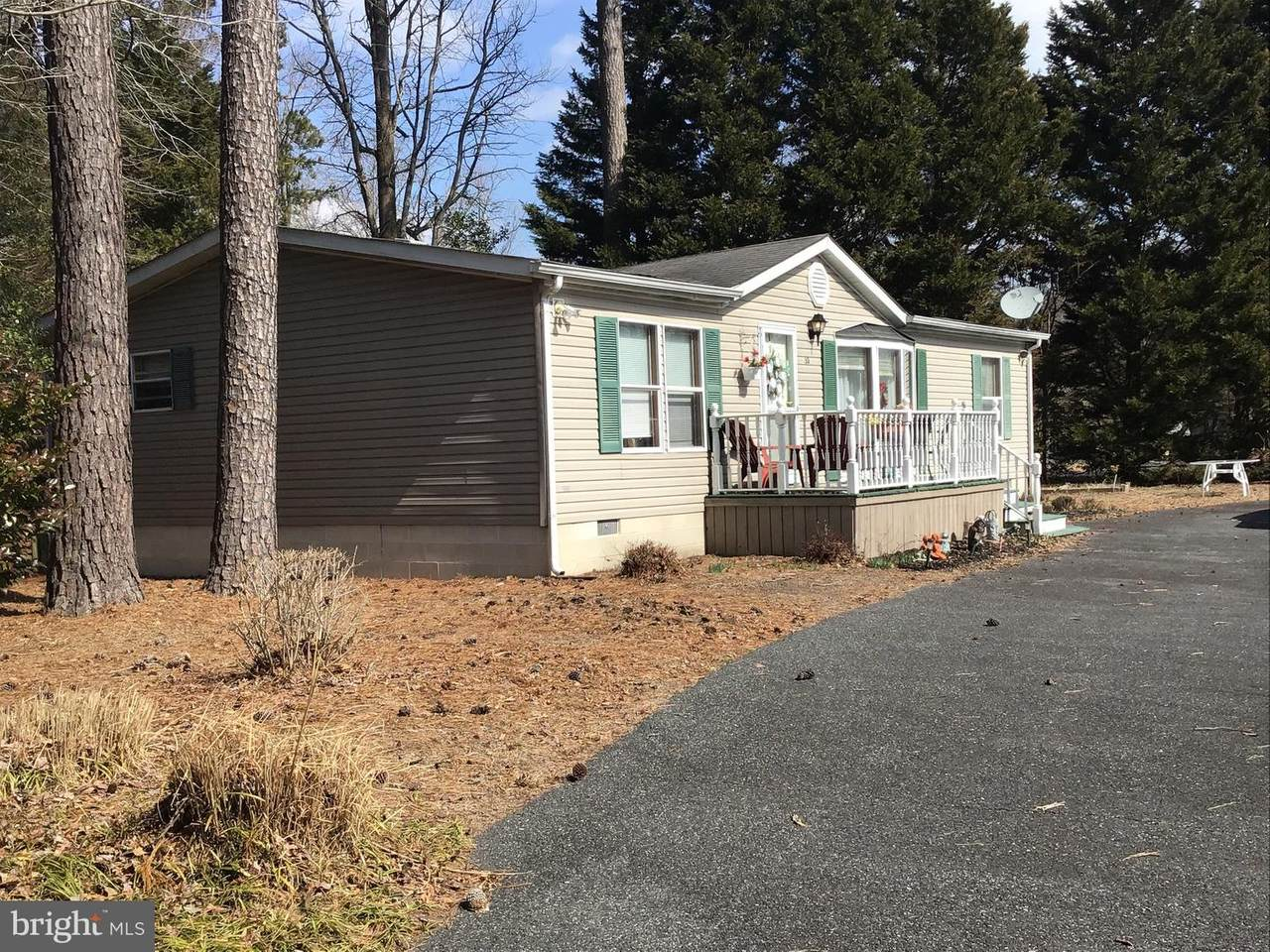 32 White Pine Drive - Photo 1