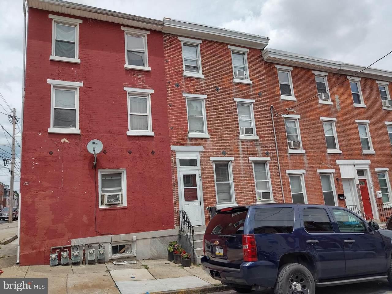 203 Chestnut Street - Photo 1