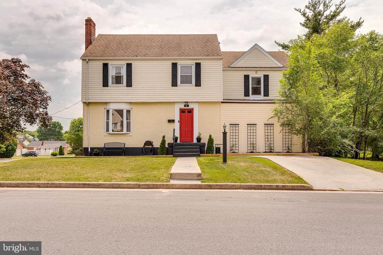 217 Delaware Avenue - Photo 1