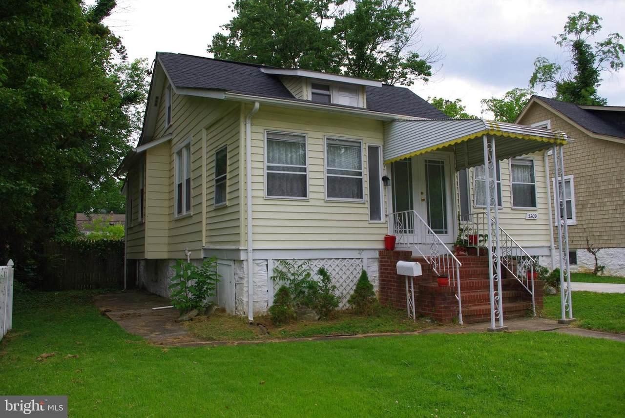 5209 Belleville Avenue - Photo 1
