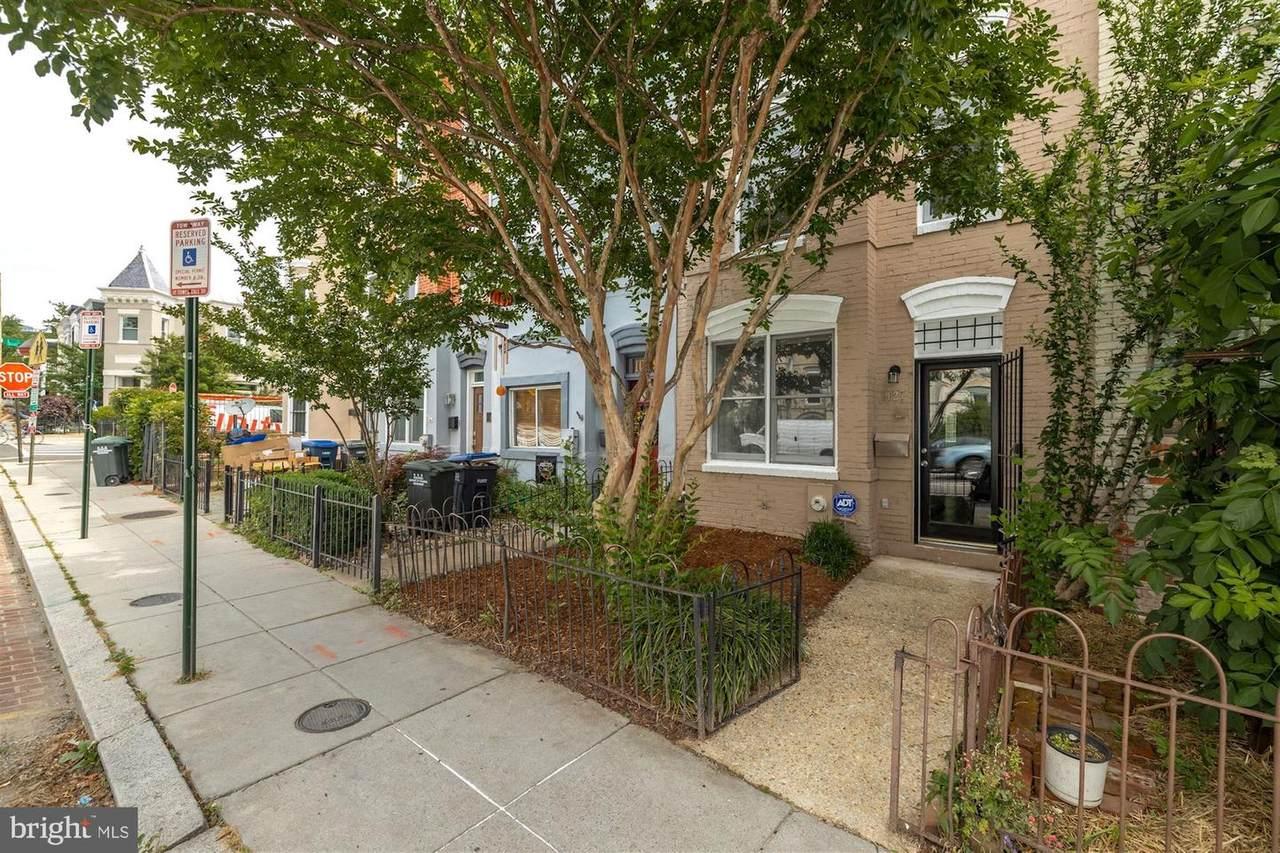 1027 6TH Street - Photo 1