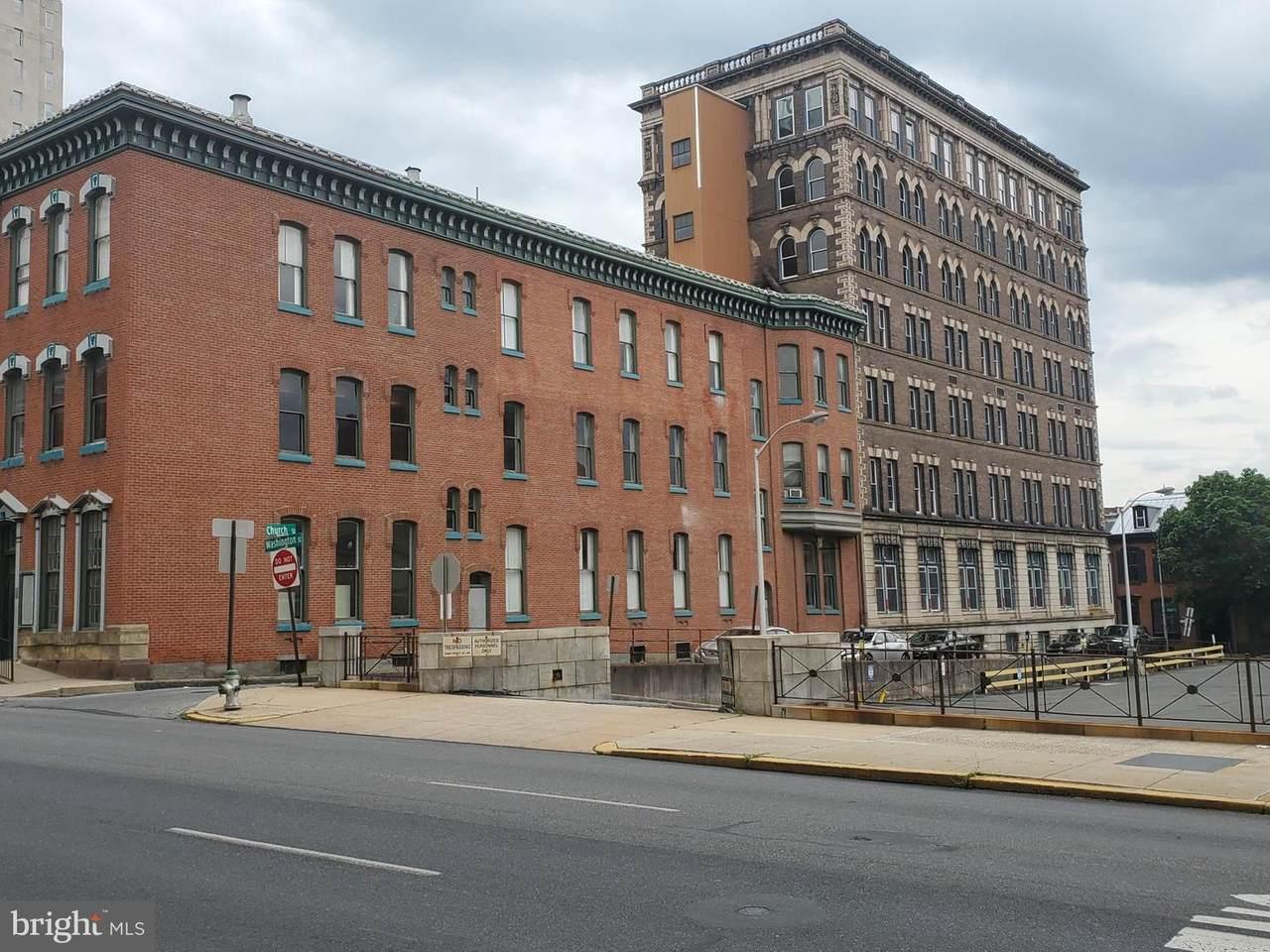 527 Court Street - Photo 1