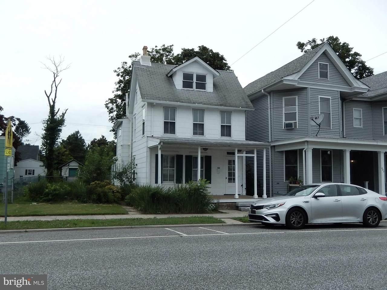 433 Main Street - Photo 1