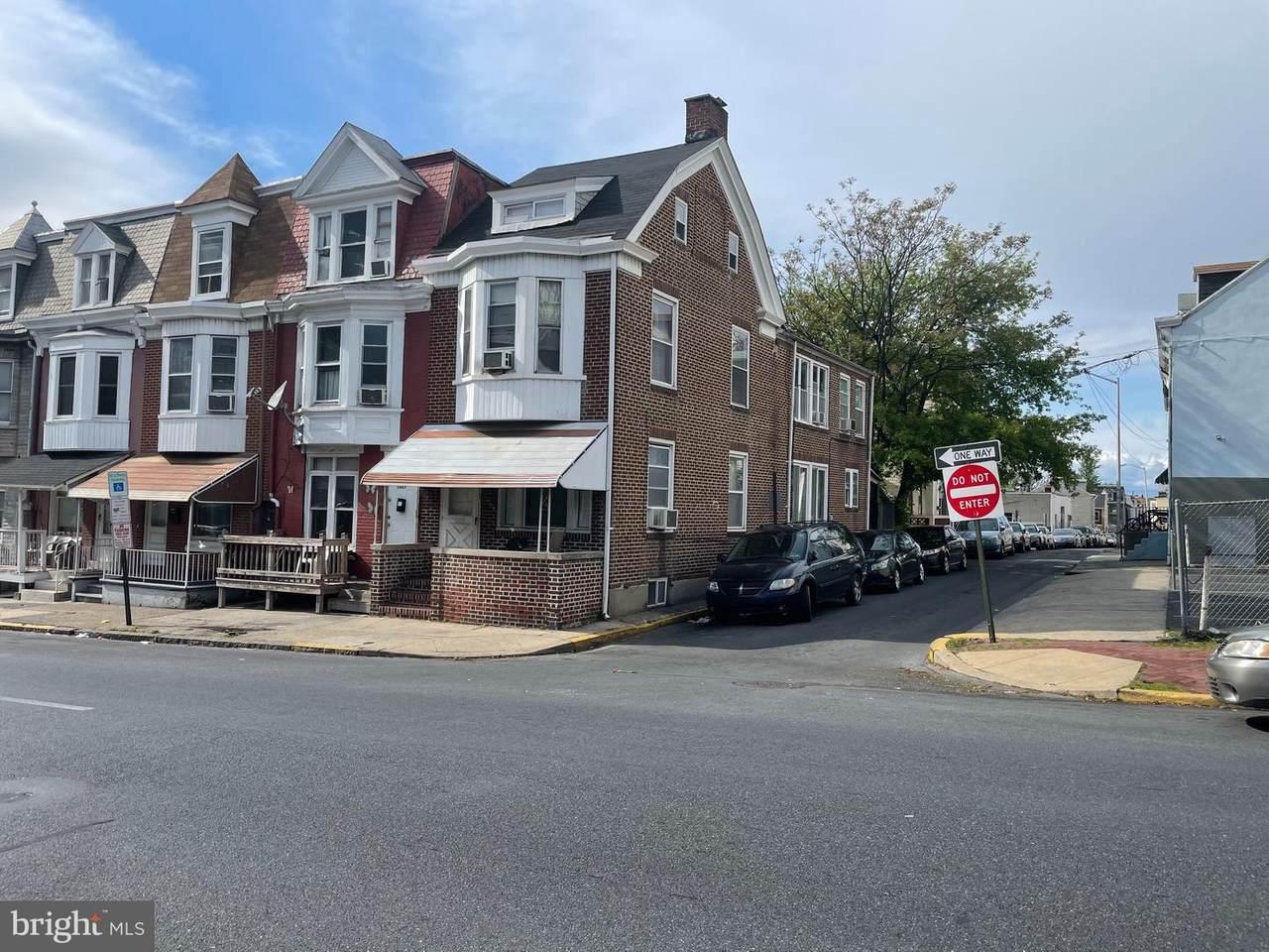 1029 Washington Street - Photo 1