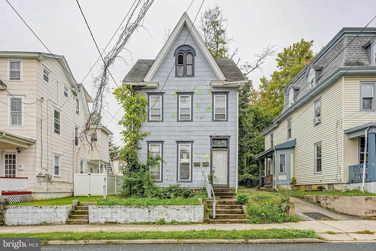 47 Hopkins Street - Photo 1