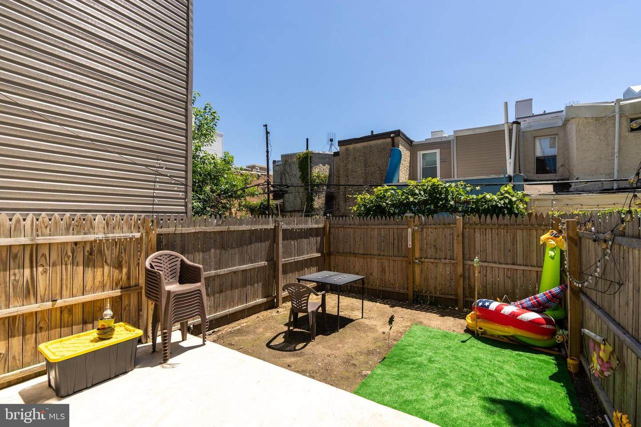 622 Cantrell Street - Photo 1
