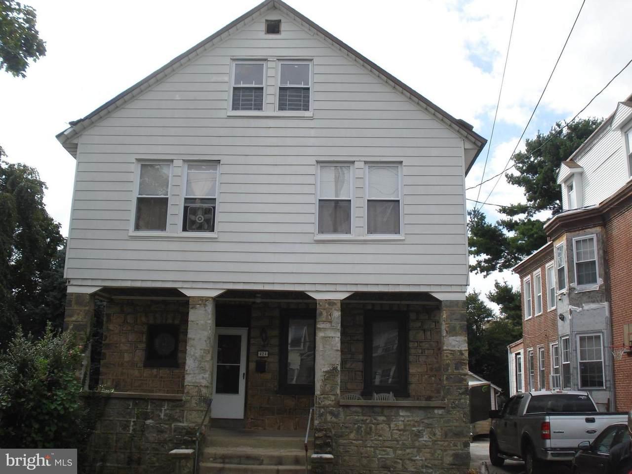 424 Cheltenham Avenue - Photo 1
