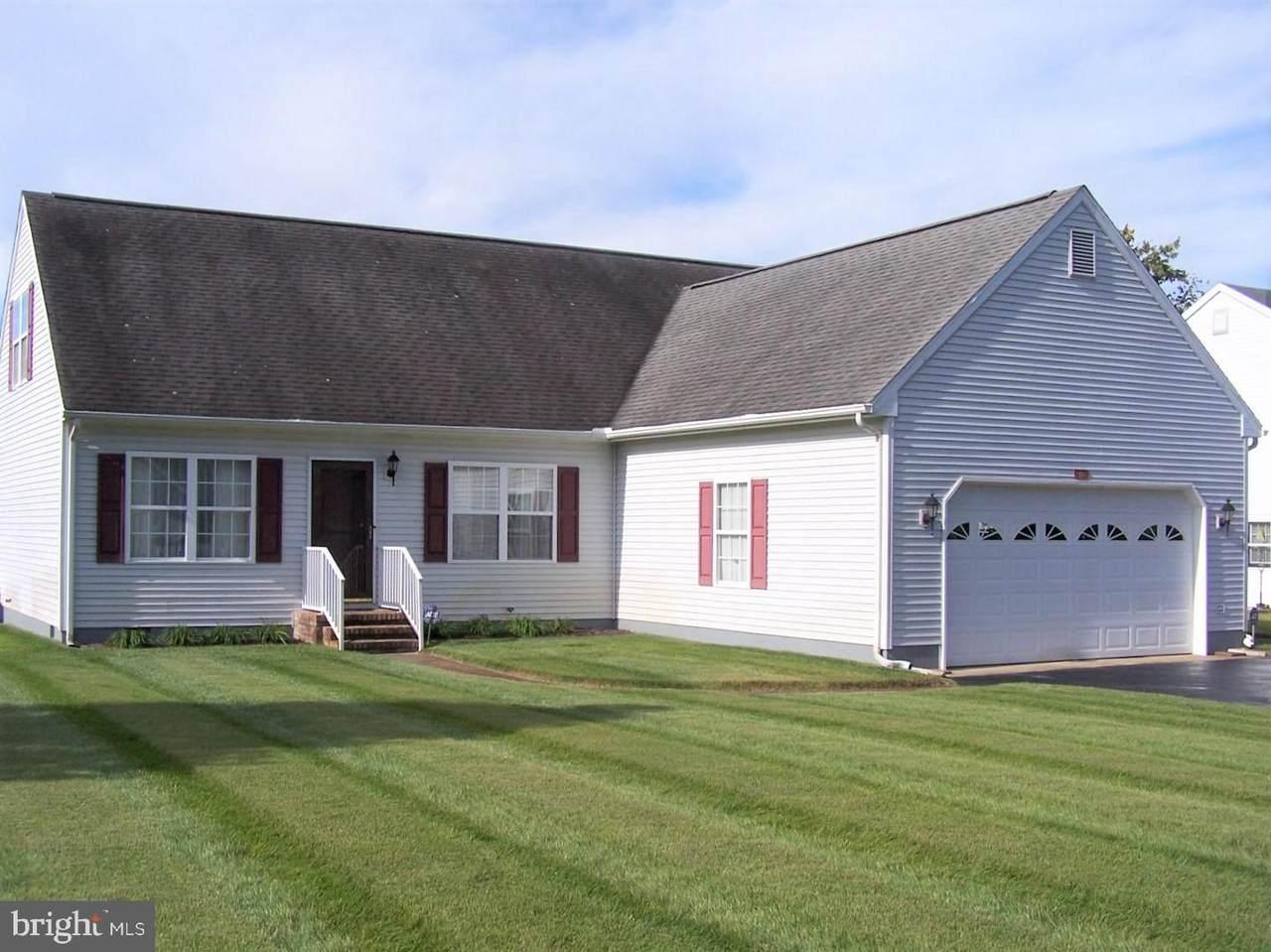 133 Meadow Drive - Photo 1