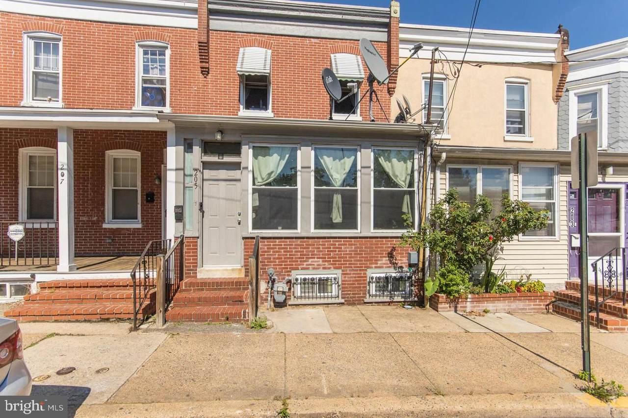 205 Concord Avenue - Photo 1