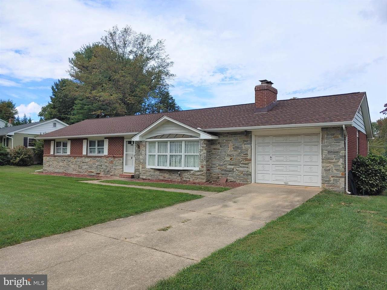 722 Bedford Road - Photo 1