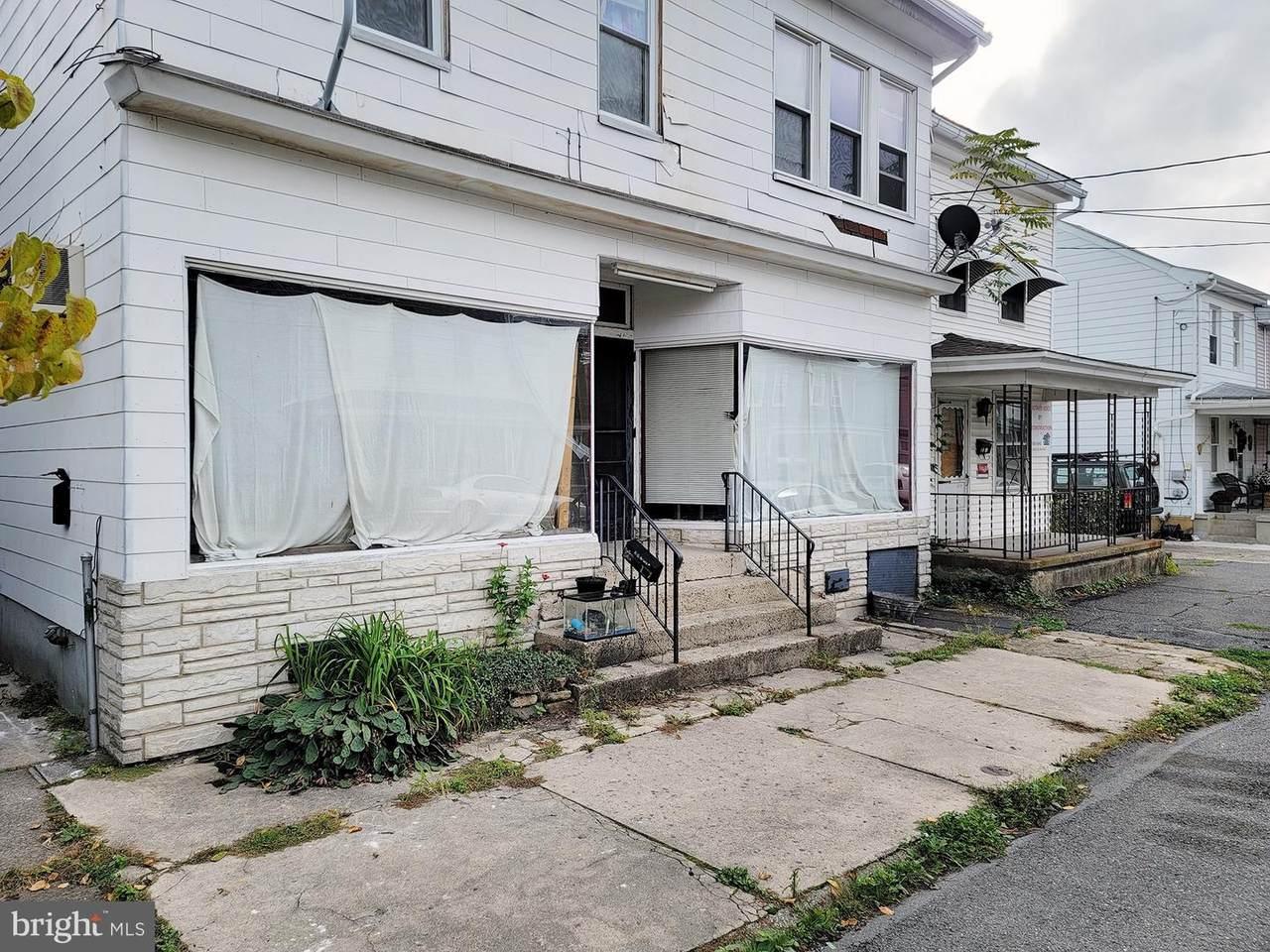 111 Nicholas Street - Photo 1