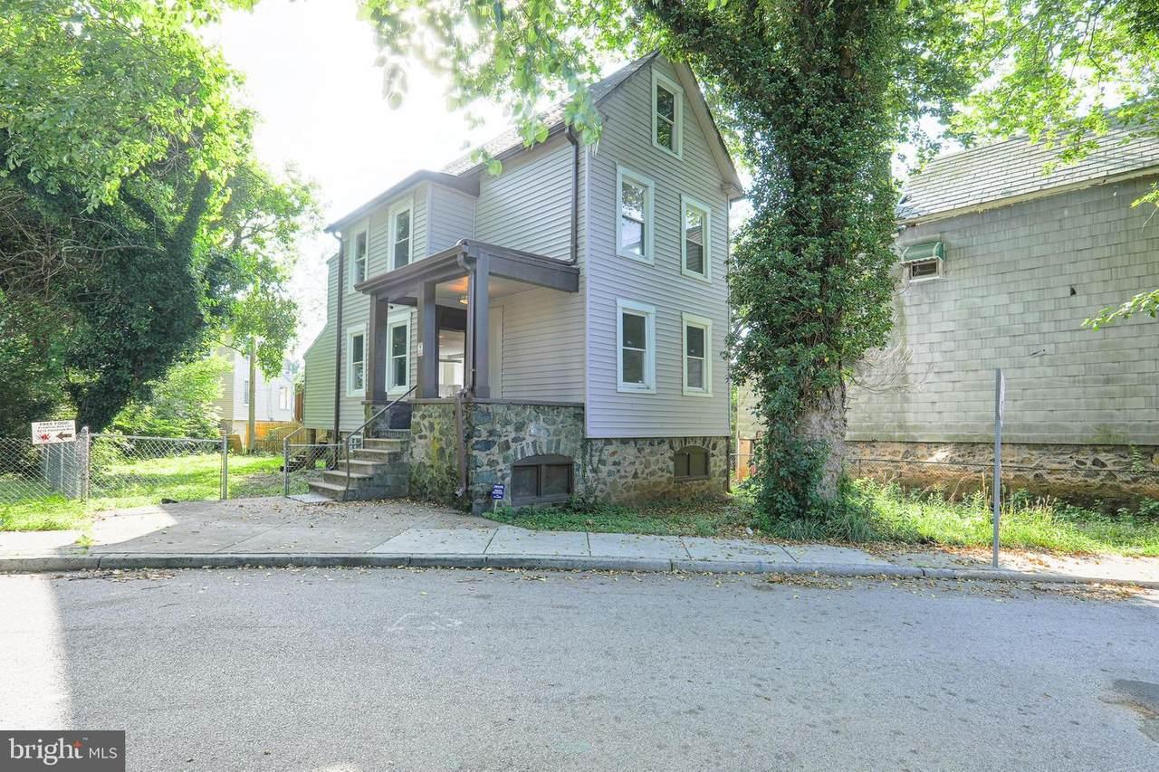 5207 Wilton Heights Avenue - Photo 1