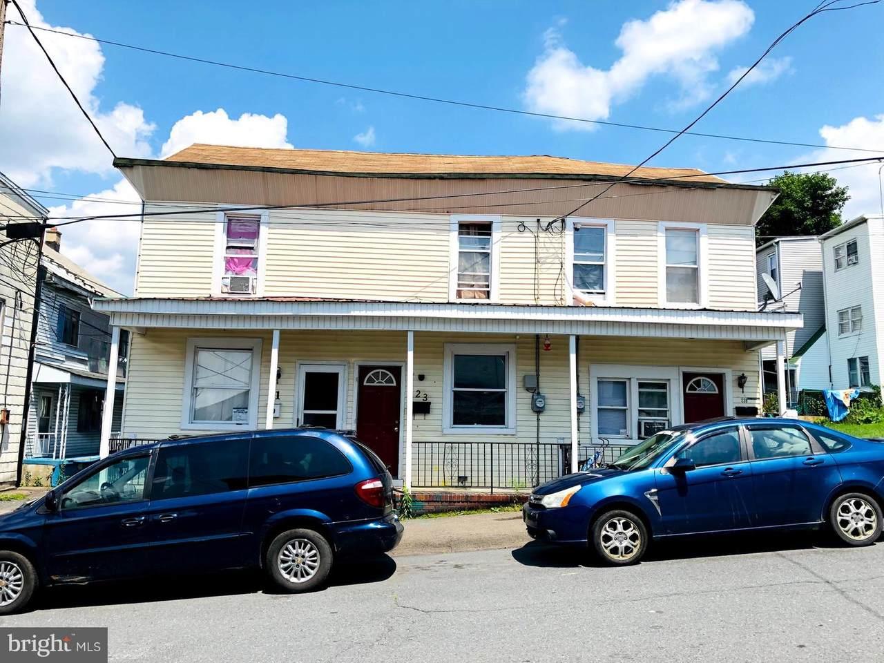 21-23 Chestnut Street - Photo 1