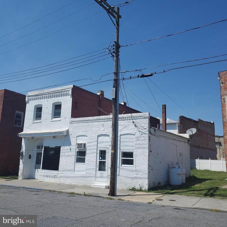 111, 113 Willow Street - Photo 1