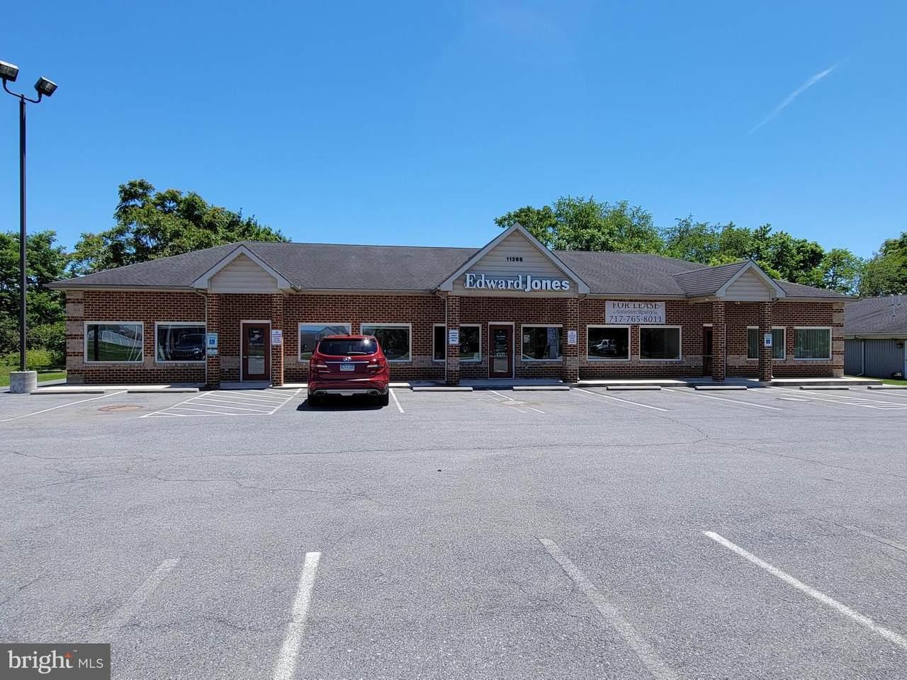 11368 Williamsport Pike - Photo 1