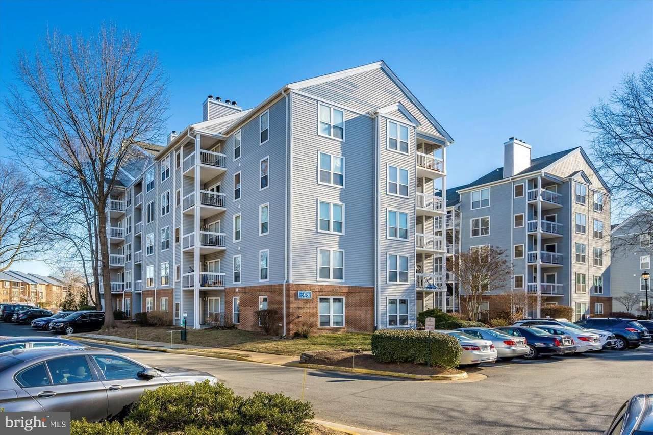 3175 Summit Square Drive - Photo 1